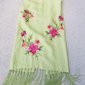 Kelly & Diane green linen embroidered skirt SZ 4